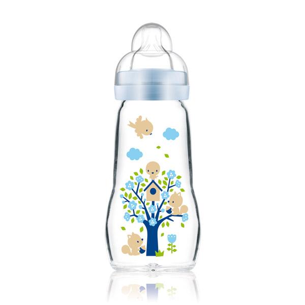 Biberon en verre : ne prenez rien d'autre pour votre bébé. tous les biberons en plastiques contiennent des substances nocives pour leur santé future. Isabelle Doumenc naturopathe.